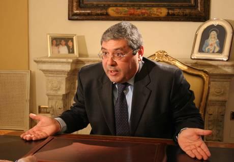 Mafia: chiesta condanna a 10 anni per Cuffaro
