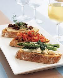 Bruschetta Con Arissa, Tonno E Patè Di Olive