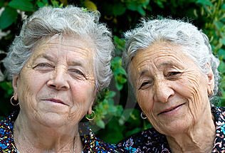 Donne anziane