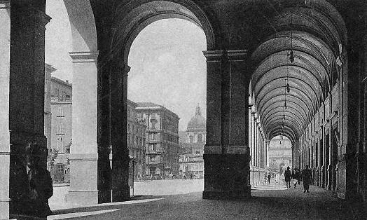 Napoli, Stazione Centrale, lato arrivi