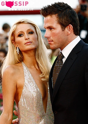 Paris Hilton insieme al fidanzato Doug Reinhardt
