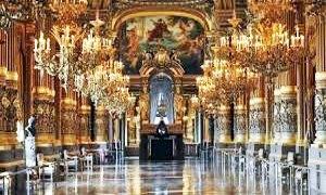 """Un grande riconoscimento per il Teatro di San Carlo: """"Il pi� bel teatro del mondo"""""""