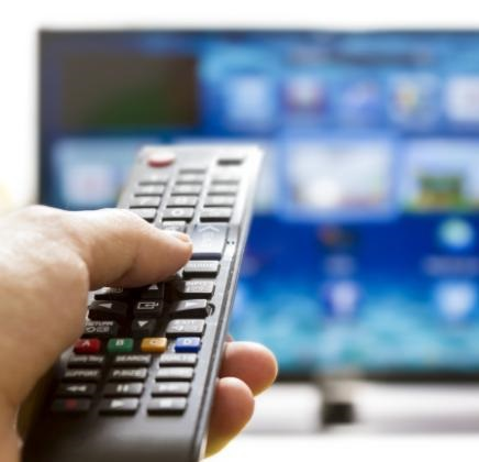 Trota si è fatto pagare: un tv color da 400 euro, un iPad, iPhone, un rilevatore di autovelox, ...