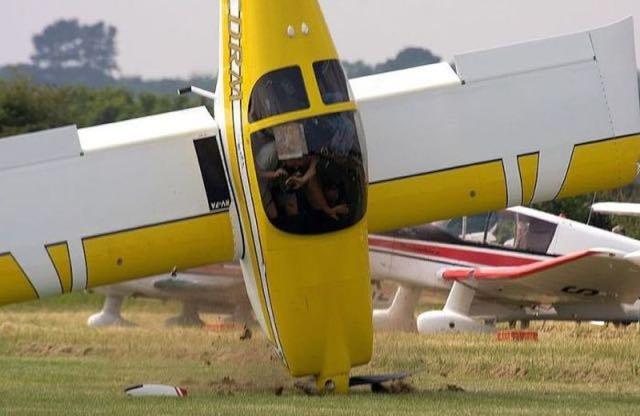 Gli istanti prima dello schianto con un aeroplano in un centro di esercitazione al volo