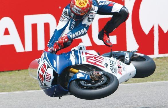 Jorge Lorenzo poco prima di una caduta