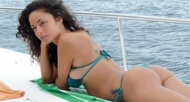 Raffaella Fico, calendario hot