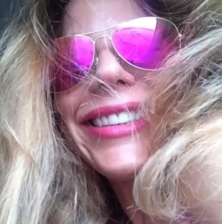 """La figlia di Ornella Muti sembra essersi calata perfettamente nei panni della """"nude girl"""""""