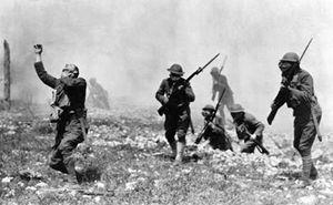 Il momento quando un soldato viene colpito a morte. 100 anni fa l'inzio del primo conflitto mondiale
