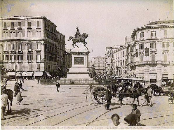 Napoli: Piazza Garibaldi