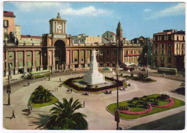 Napoli ieri - Piazza Dante
