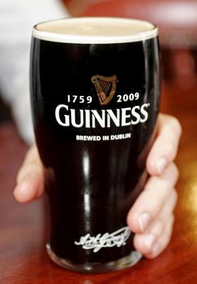 Dublino: La 'Guinness', birra stout, compie 250 anni -