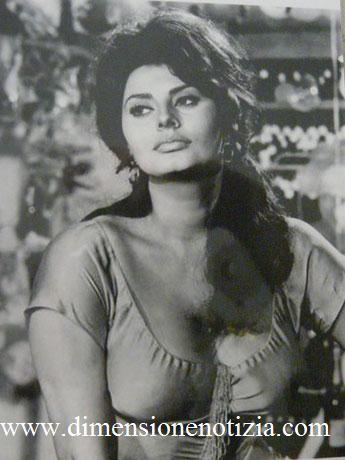 Cartoline da Cinecittà: Collezione di Stelle - Sophia Loren -