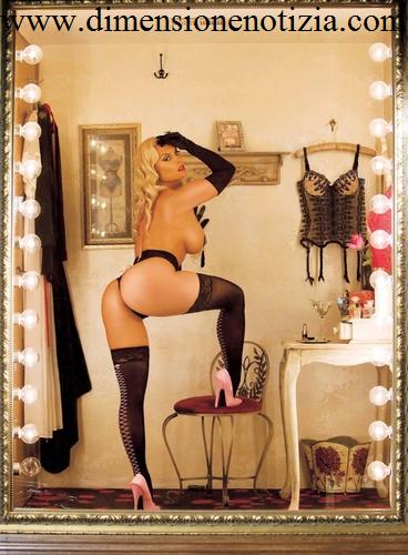 Nicole Austin Coco - Calendario 2010 -