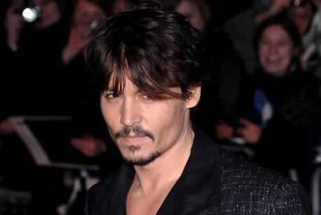 Johnny Depp e' l'uomo piu' sexy -