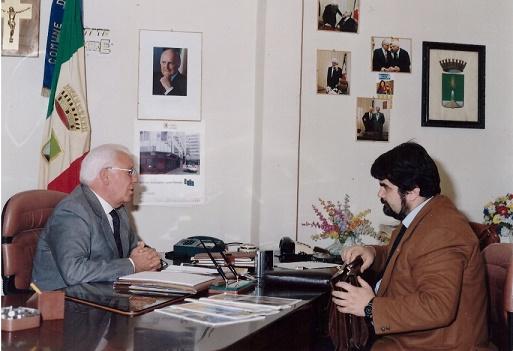 Il sindaco Antonio Iorio con Giuseppe Piccolo - Volla - Napoli