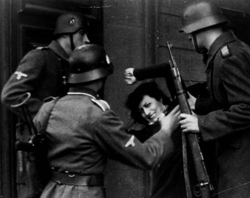 Prima e seconda guerra mondiale sono morte 400 milioni di persone per renderci liberi