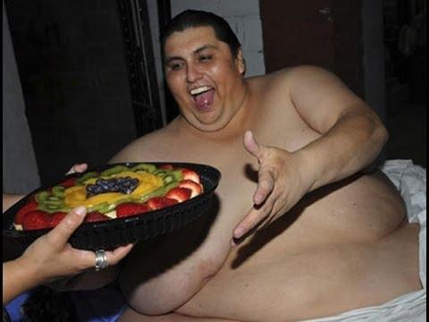Gli obesi vivono di meno, però mangiano di più