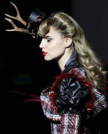 Al 'Barcelona Fashion Show 2010' le follie di 'Bibian Blue' -