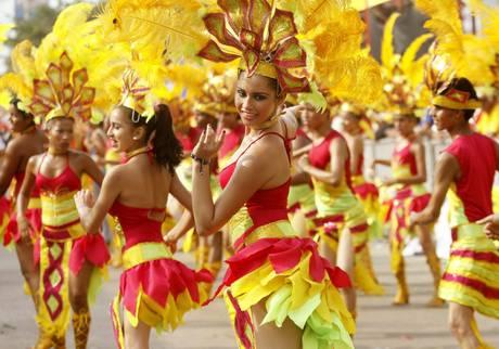 Impazza il Carnevale, Ronaldo sfila a San Paolo4 -