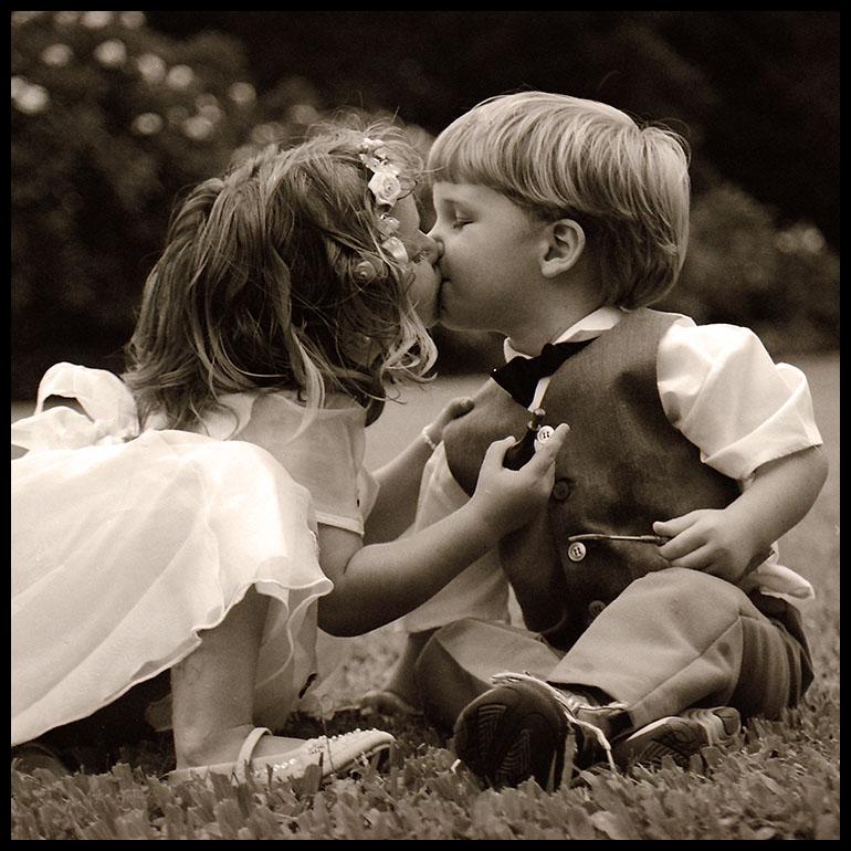 Che grazia inimitabile hanno i bambini