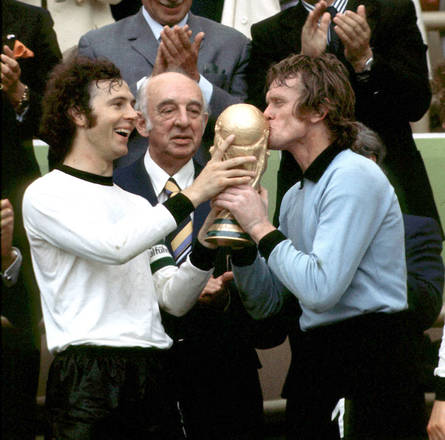 Germania 1974, i tedeschi di Schoen vincono il primo titolo -
