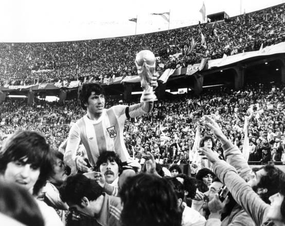 Argentina 1978, i padroni di casa guidati da Menotti conquistano la loro prima coppa del mondo -