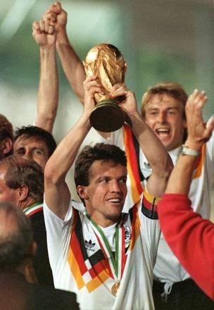 Italia 1990, la Germania di Beckenbauer e' per la terza volta campione -