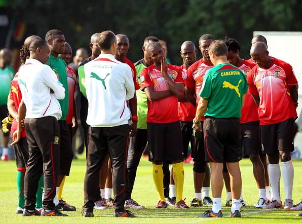 Ai Mondiali, il Camerun, carismatico,al centro, Samuel Eto'o -