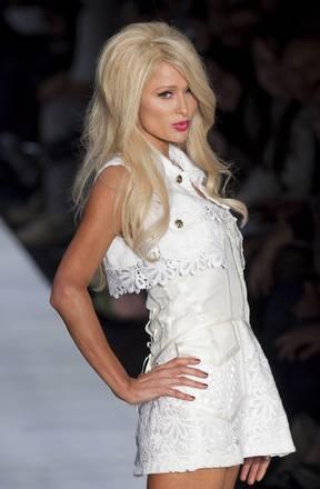 'Triton' a San Paolo: Paris Hilton, ereditiera in passerella -