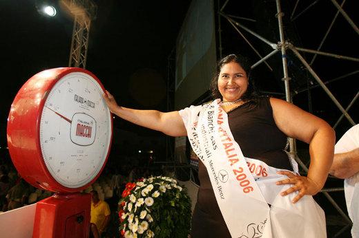 MISS CICCIONA: SILVANA 159 KG -