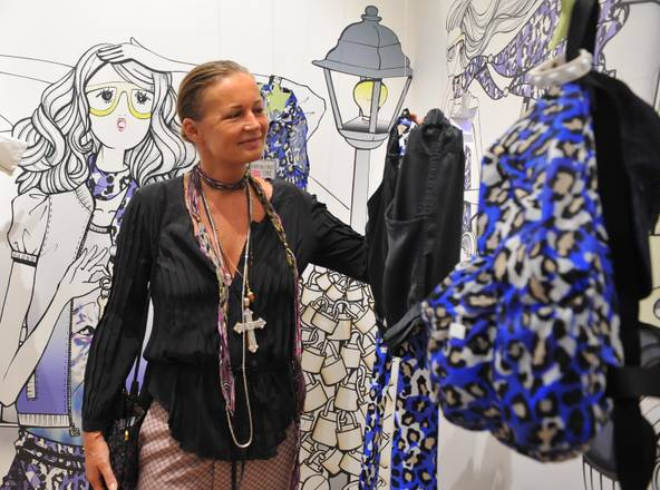 A Pitti Bimbo: Eva Cavalli, moglie dello stilista di Roberto -