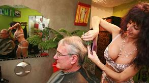 Sexy coiffeur - Succede nel sud della Francia -
