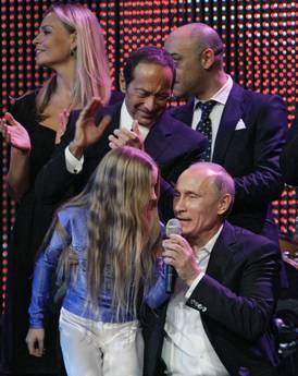 Putin ha cantato anche la canzone americana Blueberry Hill -