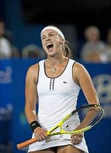 A Perth, la 'Tennis Hopman Cup' - grintosa la kazaka Shvedova -