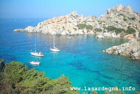 Sardegna - Adesso c'è soltanto il sentimento di un buio in cui stiamo sprofondando -