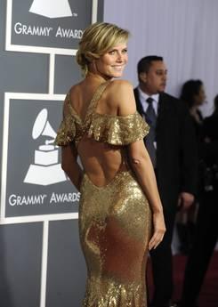 Heidi Klum dona slip per la lotta all'Aids -