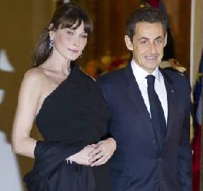 Carla Bruni è incinta, impazza il gossip -
