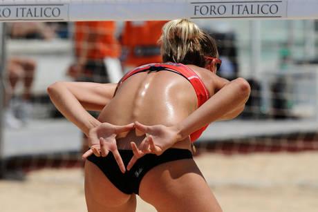 Beach Volley: Mondiali, Roma star della sabbia -