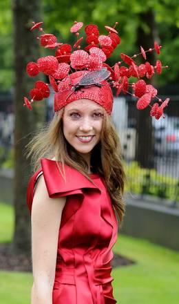 Royal Ascot in Berkshire: gara di cavalli e... di cappelli -