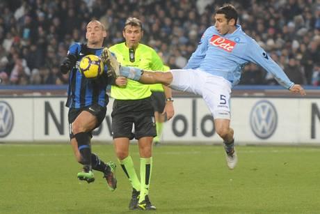 Michele Pazienza (d) e' passato dal Napoli alla Juventus -