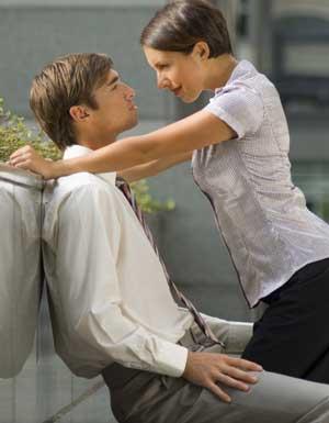Innocente seduzione: Prendi l'inziativa, non vergognarti di fargli sapere ciò che provi -