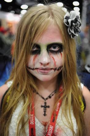 A San Diego, in California, uno zombie al 'Comic-Con 2011' -