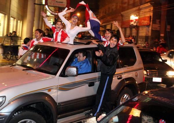 Il Paraguay festeggia la nazionale in finale Coppa America -