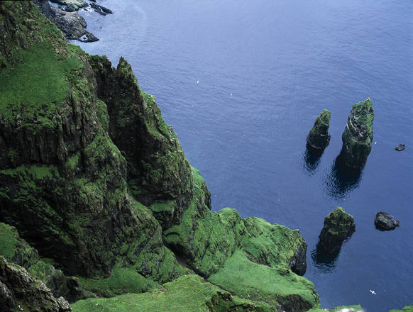 Un'idea-vacanze? Lontane, ma bellissime, le isole Far Oer -