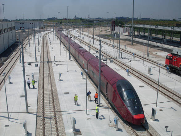 A Nola: 'Italo', 1° treno supertecnologico della flotta NTV -