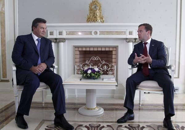 Russia-Ucraina: i presidenti Medvedev e Ianukovich a Sochi