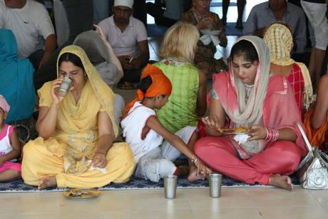 Inaugurato in provincia di Cremona il tempio Sikh fra i piu' grandi del Nord Europa -