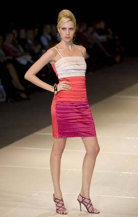 Colorata mise di Calandra per la Fashion Week Argentina 2011 -