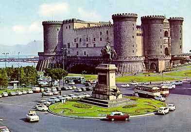 Castello: Maschio Angioino - Napoli -