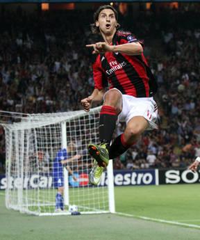 Zlatan Ibrahimovich dopo il gol -